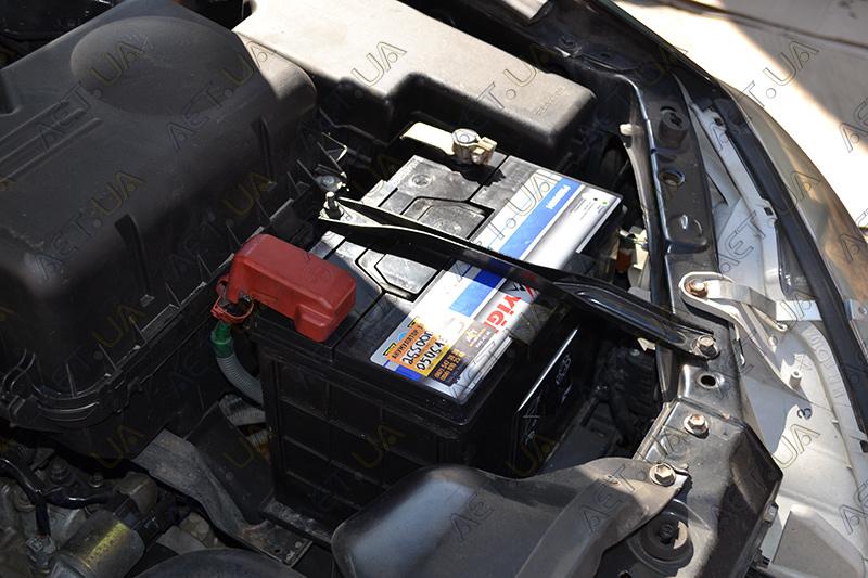 Автомобильный аккумулятор на Toyota Camry (Тойота Камри 30) 2.4 бензин - 3